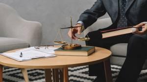 Direito Civil - Teoria Geral e Contratos