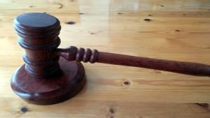 Direito Comercial e Legislação Empresarial
